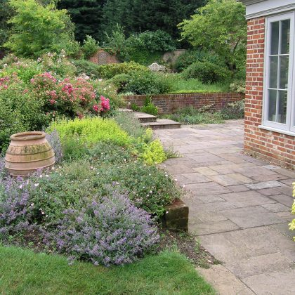 Soft Planting with muted tones